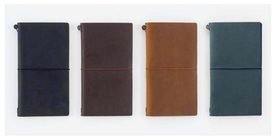 Hoe voeg je notitieboekjes toe aan je TRAVELER'S notebook?