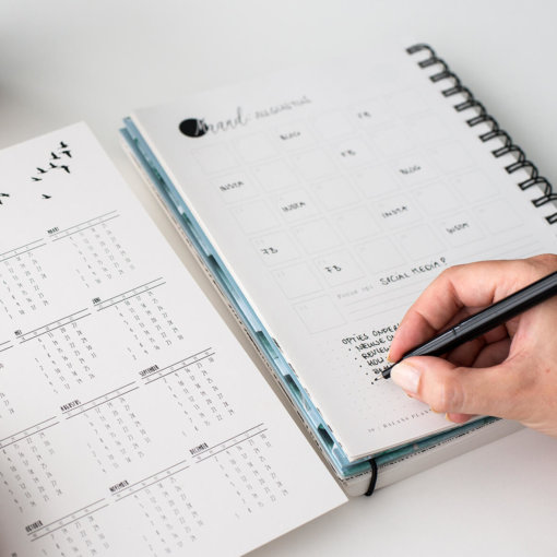 Balans-planner-binnenkant-maandkalender